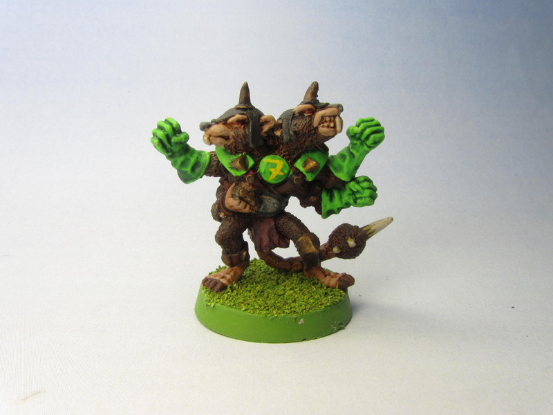 Blood-Bowl-skaven-rat-ogre.jpg